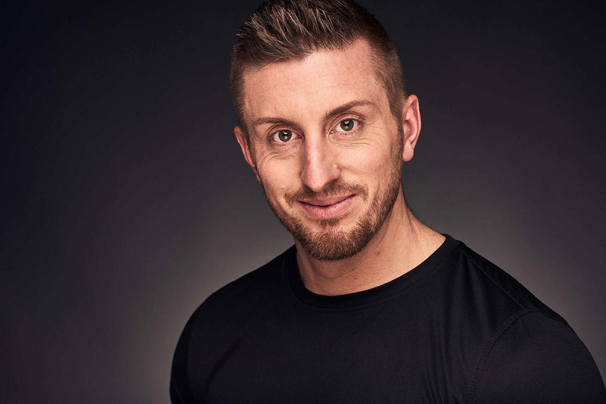 Personal Trainer Daniel Schlerith lächelnd